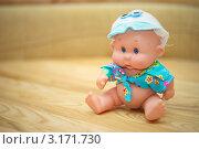 Кукла в кепке. Стоковое фото, фотограф igor faustov / Фотобанк Лори