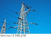 Высоковольтная линия на фоне неба. Стоковое фото, фотограф Vladimir Shashkin / Фотобанк Лори