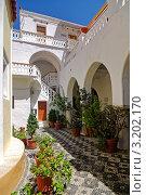 В монастыре Панормитис, Греция, о. Сими. Стоковое фото, фотограф Терещенко Марина / Фотобанк Лори