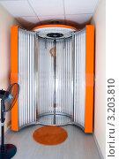Купить «Солярий», фото № 3203810, снято 28 июня 2010 г. (c) Михаил Смиров / Фотобанк Лори