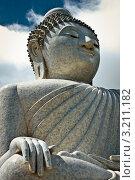 Купить «Большая статуя Будды. Пхукет», фото № 3211182, снято 1 февраля 2012 г. (c) Виталий Харин / Фотобанк Лори