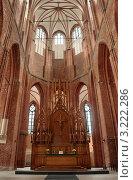 Алтарь церкви Св. Петра. Рига, Латвия (2006 год). Стоковое фото, фотограф Jelena Dautova / Фотобанк Лори