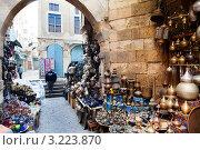 Купить «Вид на лавку старых вещей в центре города Каира, Египет», фото № 3223870, снято 21 января 2012 г. (c) Николай Винокуров / Фотобанк Лори