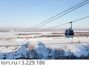 Купить «Подвесная канатная дорога между Нижним Новгородом и городом Бор», фото № 3229186, снято 5 февраля 2012 г. (c) Igor Lijashkov / Фотобанк Лори