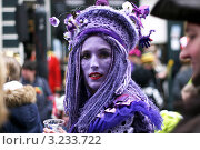 Красивая женщина на карнавале (2011 год). Редакционное фото, фотограф Перевалова Ольга Геннадьевна / Фотобанк Лори