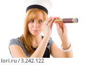 Купить «Молодая женщина смотрит в подзорную трубу», фото № 3242122, снято 17 марта 2011 г. (c) CandyBox Images / Фотобанк Лори