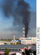 Купить «Столб дыма над местом пожара», фото № 3255902, снято 17 мая 2008 г. (c) Родион Власов / Фотобанк Лори