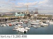Корабли на причале в порту Испания Барселона. Стоковое фото, фотограф Ирина Батюта / Фотобанк Лори