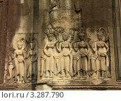 Купить «Храмовый комплекс Анкор Ват, изображение апсар. Камбоджа», фото № 3287790, снято 4 марта 2011 г. (c) Колчева Ольга / Фотобанк Лори