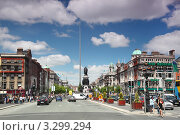 Купить «Дублинский шпиль в городском пейзаже», фото № 3299294, снято 12 июня 2010 г. (c) Losevsky Pavel / Фотобанк Лори