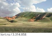 Купить «Гора Большой Богдо возле озера Баскунчак», фото № 3314858, снято 3 мая 2011 г. (c) Надежда Болотина / Фотобанк Лори