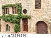 Фрагмент итальянских домов г.Асизи (2011 год). Стоковое фото, фотограф Серебрякова Анастасия / Фотобанк Лори