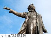 Памятник А.С.Пушкину. Фрагмент. Санкт-Петербург, эксклюзивное фото № 3315850, снято 4 марта 2012 г. (c) Александр Алексеев / Фотобанк Лори