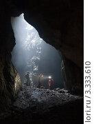 На дне пещеры. Стоковое фото, фотограф Кирилл Багрий / Фотобанк Лори