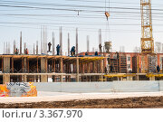 Купить «Строительство нового жилого дома», эксклюзивное фото № 3367970, снято 16 марта 2012 г. (c) Игорь Низов / Фотобанк Лори
