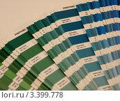 Цветовой веер PANTONE. Стоковое фото, фотограф Алексей Куртеев / Фотобанк Лори