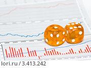 Купить «Игральные кубики на графиках», фото № 3413242, снято 23 ноября 2008 г. (c) Дмитрий Наумов / Фотобанк Лори