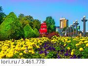Купить «Красный корабль в цветах на набережной. Город Анапа.», фото № 3461778, снято 26 июля 2011 г. (c) Елена Алексеева / Фотобанк Лори