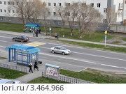 Купить «Заводоуковск. Автобусная остановка. Вид сверху», фото № 3464966, снято 5 мая 2011 г. (c) Александр Тараканов / Фотобанк Лори