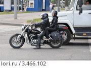 Купить «Байкеры на перекрестке», фото № 3466102, снято 22 июля 2009 г. (c) Голованов Сергей / Фотобанк Лори