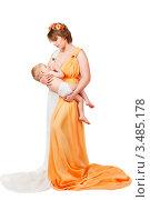 Купить «Мама кормит ребенка грудью», фото № 3485178, снято 9 марта 2012 г. (c) Чирцова Наталья / Фотобанк Лори