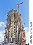 Купить «Строительство высотного жилого комплекса «Островцы»», фото № 3497678, снято 24 марта 2012 г. (c) Владимир Сергеев / Фотобанк Лори