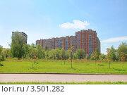 Купить «Новый жилой многоэтажный дом», эксклюзивное фото № 3501282, снято 8 мая 2012 г. (c) Юрий Морозов / Фотобанк Лори