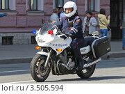 Купить «Полицейский мотоцикл», эксклюзивное фото № 3505594, снято 9 мая 2012 г. (c) Александр Тарасенков / Фотобанк Лори