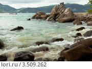 Купить «Морской пейзаж с прибоем и скалами», фото № 3509262, снято 4 июля 2008 г. (c) Владимир Целищев / Фотобанк Лори