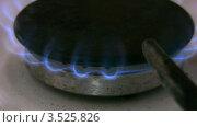 Купить «Газовая конфорка», видеоролик № 3525826, снято 20 сентября 2008 г. (c) Losevsky Pavel / Фотобанк Лори