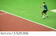 Купить «Выступление Николая Давыденко на Кремлевском Кубке по теннису, 2008 год», видеоролик № 3529006, снято 16 октября 2008 г. (c) Losevsky Pavel / Фотобанк Лори