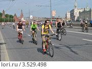 Купить «Москва, 20 мая. Велопарад Let's bike it!», эксклюзивное фото № 3529498, снято 20 мая 2012 г. (c) lana1501 / Фотобанк Лори