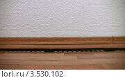Купить «Игрушечный поезд», видеоролик № 3530102, снято 17 ноября 2008 г. (c) Losevsky Pavel / Фотобанк Лори
