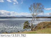 Купить «Озеро Тургояк . Ранняя весна.», фото № 3531782, снято 29 апреля 2012 г. (c) Виталий Горелов / Фотобанк Лори