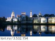 Купить «Новодевичий монастырь.Москва», эксклюзивное фото № 3532154, снято 7 мая 2012 г. (c) Литвяк Игорь / Фотобанк Лори