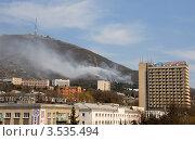 Машук горит (2012 год). Редакционное фото, фотограф Илья Шкоденко / Фотобанк Лори