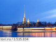Санкт-Петербург. Вид на Петропавловскую крепость (2012 год). Редакционное фото, фотограф Литвяк Игорь / Фотобанк Лори