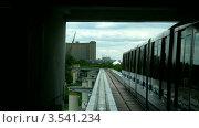 Купить «Поездка по монорельсовой дороге, таймлапс», видеоролик № 3541234, снято 15 августа 2009 г. (c) Losevsky Pavel / Фотобанк Лори