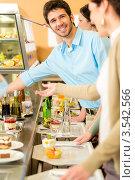 Купить «Деловые люди у шведского стола», фото № 3542566, снято 6 апреля 2012 г. (c) CandyBox Images / Фотобанк Лори