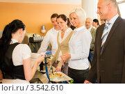 Купить «Деловые люди в кафе», фото № 3542610, снято 6 апреля 2012 г. (c) CandyBox Images / Фотобанк Лори