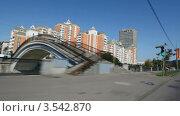 Купить «Жилые комплексы в городе, таймлапс», видеоролик № 3542870, снято 19 октября 2009 г. (c) Losevsky Pavel / Фотобанк Лори