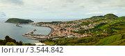 Вид сверху на город Орта, остров Файал. Азорские острова (2012 год). Стоковое фото, фотограф Юлия Бабкина / Фотобанк Лори