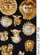 Венецианские маски (2008 год). Редакционное фото, фотограф Елена Захаревич / Фотобанк Лори