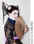 Купить «Девушка в образе гейши», фото № 3548958, снято 23 октября 2011 г. (c) Инга Дудкина / Фотобанк Лори