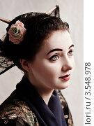 Купить «Девушка в образе гейши», фото № 3548978, снято 23 октября 2011 г. (c) Инга Дудкина / Фотобанк Лори