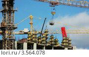 Купить «Работа башенного крана на строительной площадке», видеоролик № 3564078, снято 16 февраля 2010 г. (c) Losevsky Pavel / Фотобанк Лори