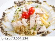 Спагетти Болоньезе с мясом и эстрагоном. Стоковое фото, фотограф Irina Danilova / Фотобанк Лори