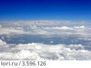 Купить «Синее небо и белые облака, вид из самолёта», фото № 3596126, снято 31 мая 2012 г. (c) Vitas / Фотобанк Лори