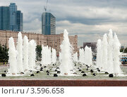Купить «Фонтаны в парке Победы, Москва», фото № 3596658, снято 31 мая 2012 г. (c) Зобков Георгий / Фотобанк Лори