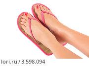 Купить «Женские ноги в розовых шлепках», фото № 3598094, снято 8 июня 2012 г. (c) Nobilior / Фотобанк Лори